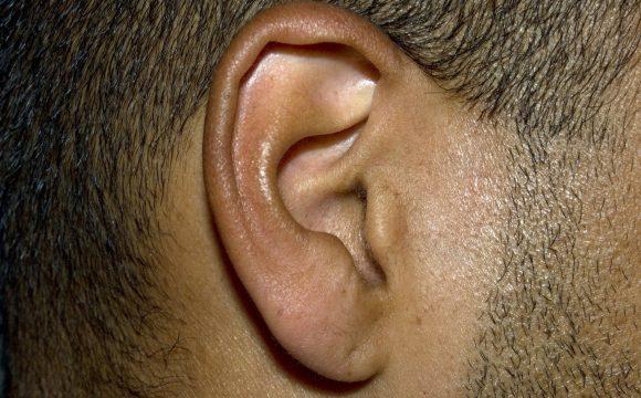Ligonių kasos kompensuos kokybiškesnius ir brangesnius klausos aparatus